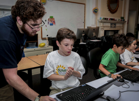 7 Best Coding Summer Camps For Kids Who Love Programming